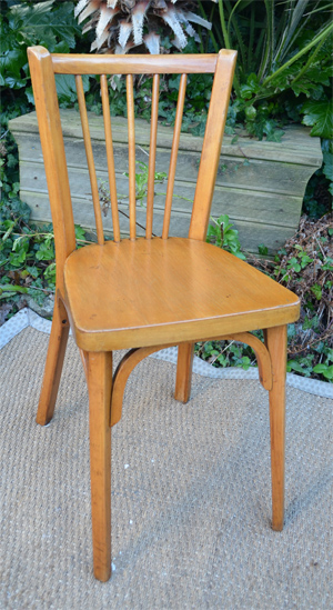 6 chaises de bistrot baumann ancienne en h tre clair dossier barreaux. Black Bedroom Furniture Sets. Home Design Ideas
