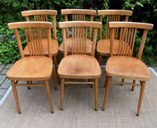 Six chaises de bistrot en h tre clair fabriqu es en for Chaises bistrot anciennes