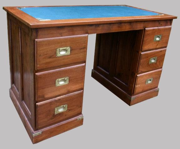 Bureau caissons en bois exotique 6 tiroirs for Bureau 6 tiroirs