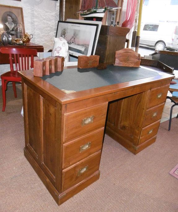 Bureau caissons en bois exotique 6 tiroirs - Bureau bois exotique ...