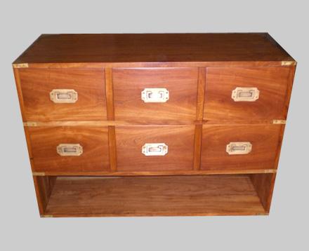 meubles cr s avec du bois ancien de margousier selon les. Black Bedroom Furniture Sets. Home Design Ideas