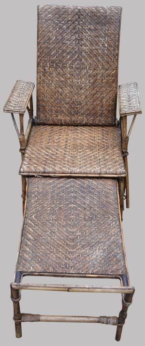 chaise longue ancienne en rotin avec repose pieds. Black Bedroom Furniture Sets. Home Design Ideas