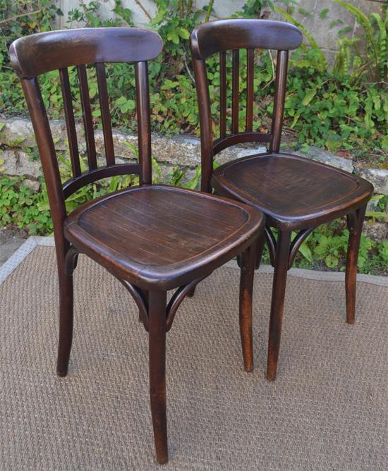 Paire de chaises de bistrot pour cr perie for Chaises bistrot anciennes