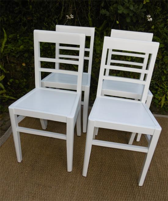Chaises de cuisine blanches chaise blanche design pas for Deco cuisine avec chaise blanche et bois pas cher