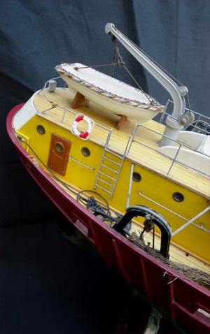 maquette ancienne chalutier le marignan bateau des grandes p cheries de lorient et de concarneau. Black Bedroom Furniture Sets. Home Design Ideas