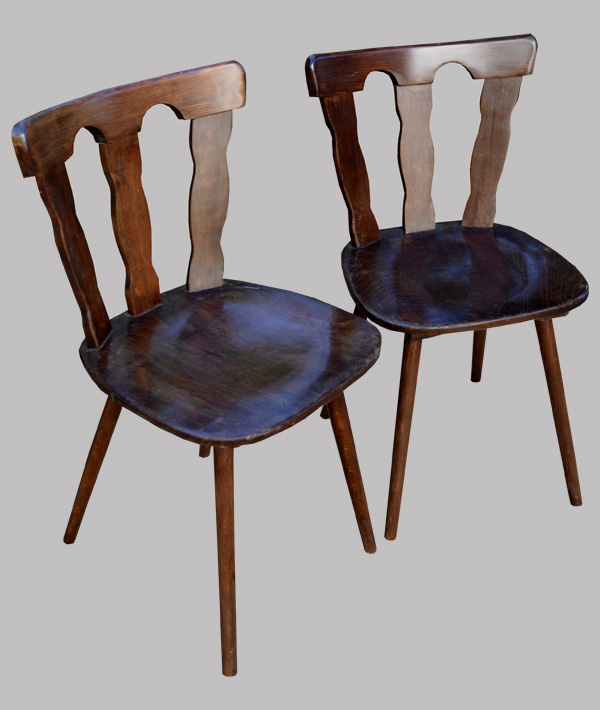 paire de chaises macorest pour brasserie. Black Bedroom Furniture Sets. Home Design Ideas