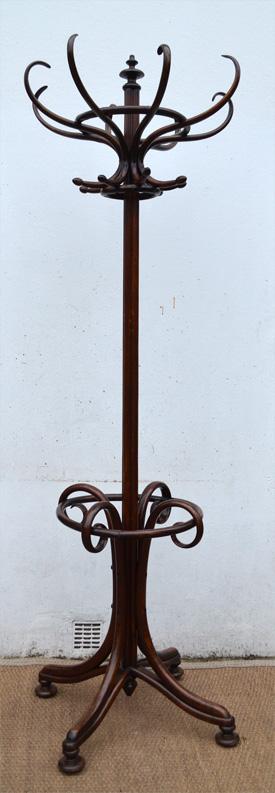 porte manteau perroquet ancien en bois courb style thonet. Black Bedroom Furniture Sets. Home Design Ideas