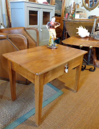 Petite table basse ancienne en bois - Table basse en bois pas cher ...