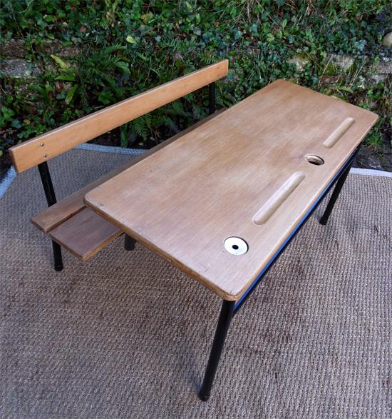 pupitre d 39 colier 2 places pour petite section. Black Bedroom Furniture Sets. Home Design Ideas