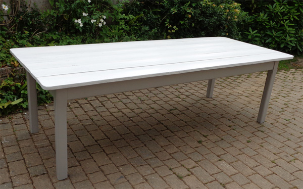 Belle table manger rectangulaire avec plateau en bois peint for Table bois ancienne rectangulaire