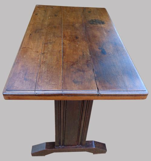 table de bistrot ancienne des ann es 1950 en bois sombre. Black Bedroom Furniture Sets. Home Design Ideas
