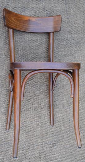 lot de 23 chaises de bistrot thonet. Black Bedroom Furniture Sets. Home Design Ideas