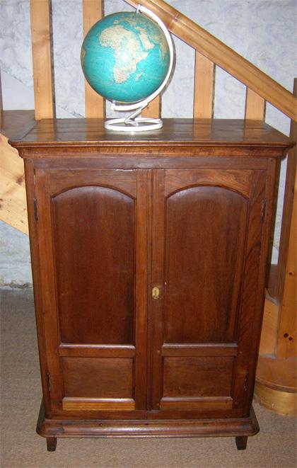 petite armoire teck petite armoire ancienne teck antiquit s armoire teck. Black Bedroom Furniture Sets. Home Design Ideas