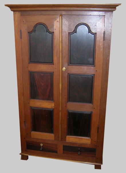 armoire teck et palissandre petite armoire ancienne teck et palissandre. Black Bedroom Furniture Sets. Home Design Ideas
