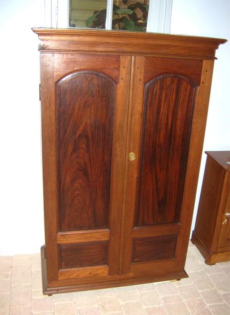 armoire teck et palissandre petite armoire ancienne teck. Black Bedroom Furniture Sets. Home Design Ideas