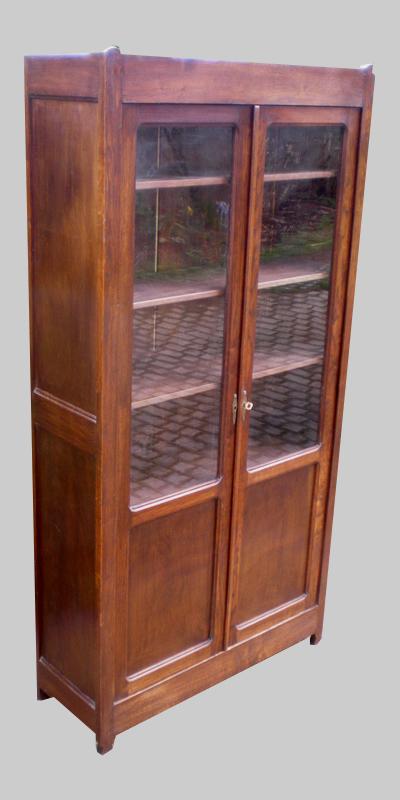 biblioth que ancienne en chataignier 1910 1930. Black Bedroom Furniture Sets. Home Design Ideas