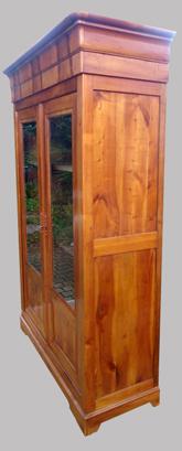 belle biblioth que ancienne en merisier de style louis philippe. Black Bedroom Furniture Sets. Home Design Ideas