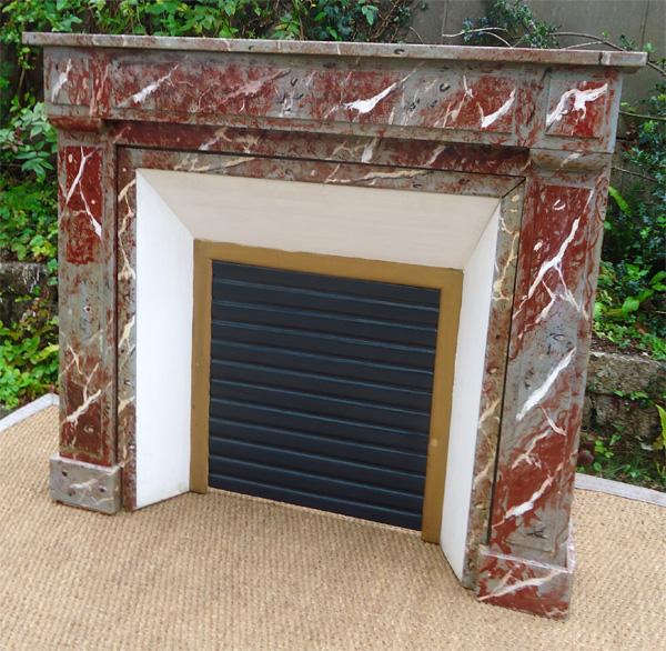 boisure de chemin e en bois peint pour feu ouvert. Black Bedroom Furniture Sets. Home Design Ideas