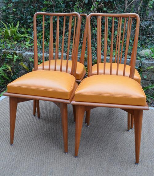 S rie de 4 chaises barreaux ann es 70 for Chaise a barreaux