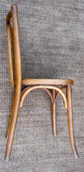 6 belles chaises de bistrot en hetre clair assise cann e for Chaise bistrot cannee bois