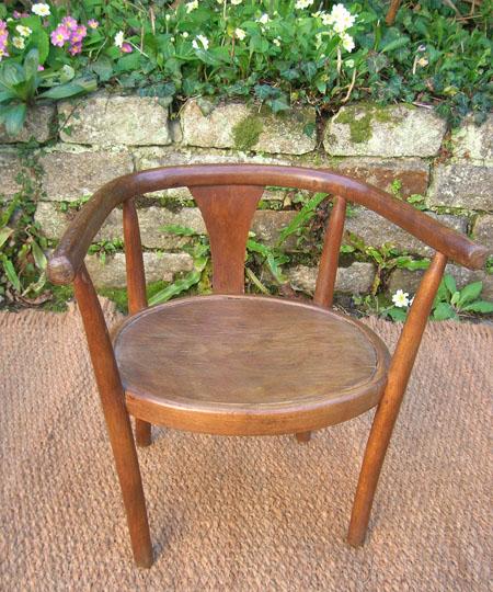 chaise pour enfants antiquit s chaise pour enfant sign e baumann. Black Bedroom Furniture Sets. Home Design Ideas