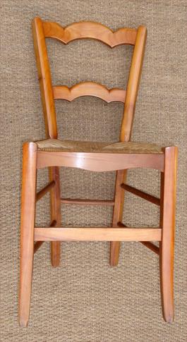 six belles chaises anciennes en merisier de style louis philippe. Black Bedroom Furniture Sets. Home Design Ideas