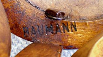 Merveilleux Inscription BAUMANN Sur La Roue Du0027une Chaise