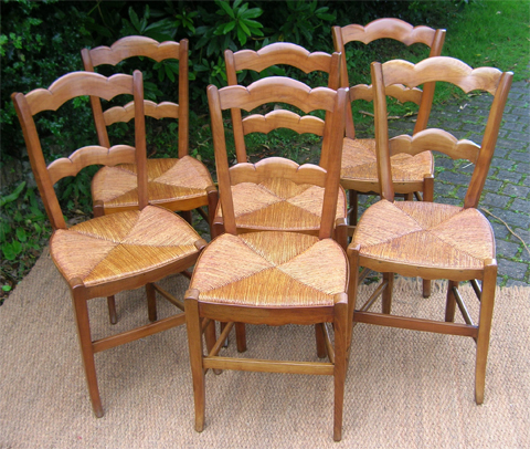 Authentiques chaises de style louis philippe en merisier for Chaise louis philippe ancienne