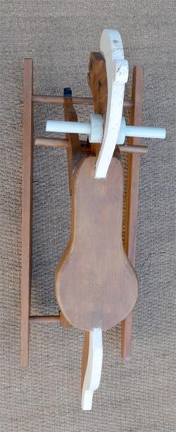cheval bascule jouet ancien pour enfant. Black Bedroom Furniture Sets. Home Design Ideas