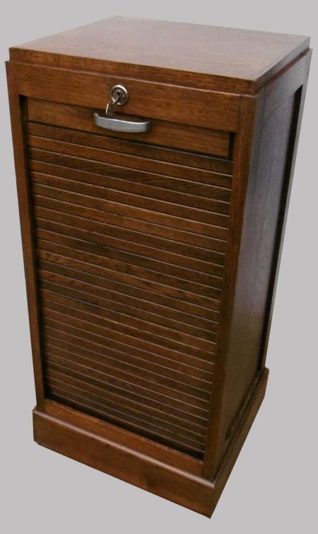 Sain et solide classeur rideau lames semi arrondies for Meuble classeur rideau