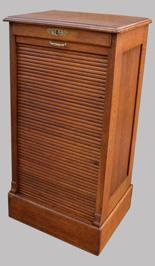 Meubles anciens de m tier pour imprimeurs grainetiers - Rideau coulissant pour meuble ...
