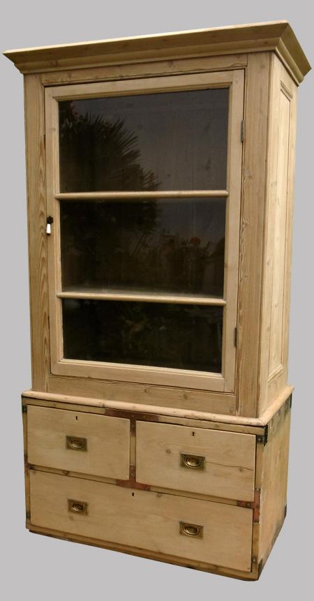 commode de marine ancienne en bois brut. Black Bedroom Furniture Sets. Home Design Ideas