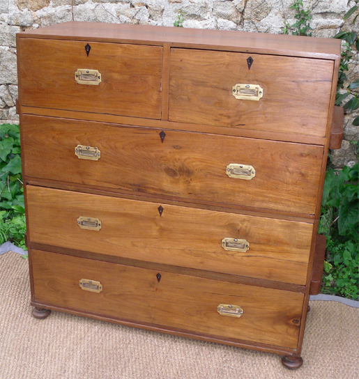 commode marine ancienne