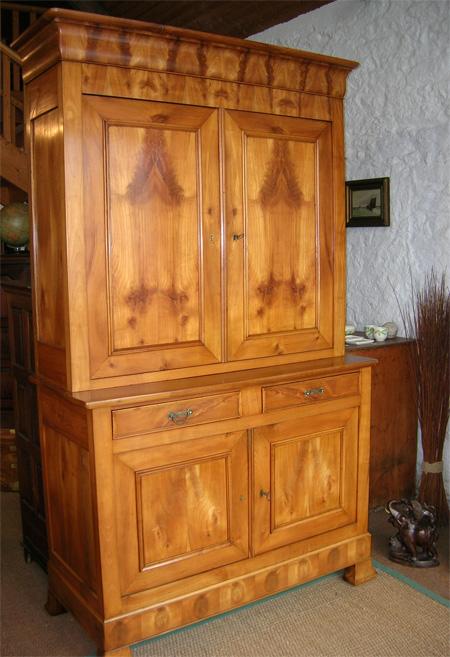 meuble louis philippe merisier meuble merisier peint repeindre un meuble louis philippe album. Black Bedroom Furniture Sets. Home Design Ideas