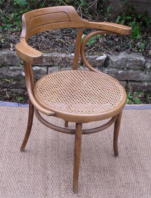 Beau fauteuil de bureau ancien en bois clair et assise cann e - Fauteuil ancien en bois ...