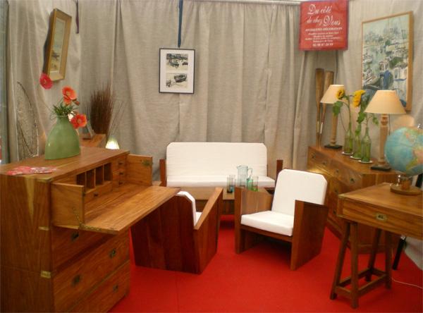 nos meubles contemporains pr sent s la foire exposition de pont l 39 abb. Black Bedroom Furniture Sets. Home Design Ideas