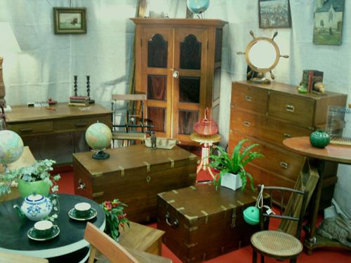Salon antiquaires antiquit s brocante fouesnant les for Salon brocante
