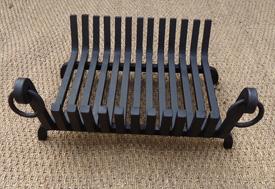 chenets anciens bacs a buches bacs a braises bac cendres. Black Bedroom Furniture Sets. Home Design Ideas