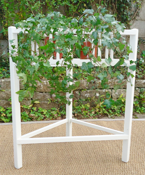 Jardiniere d 39 angle for Le jardin de catherien