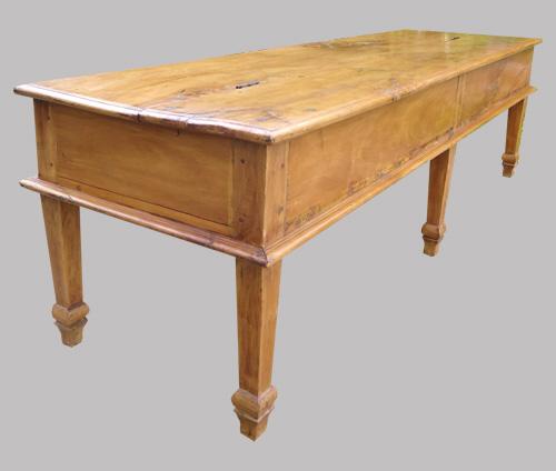 longue table basse ancienne en teck. Black Bedroom Furniture Sets. Home Design Ideas