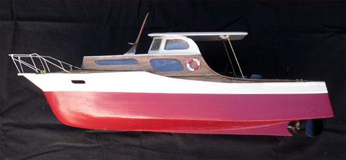 belle maquette d 39 un bateau vedette de plaisance. Black Bedroom Furniture Sets. Home Design Ideas