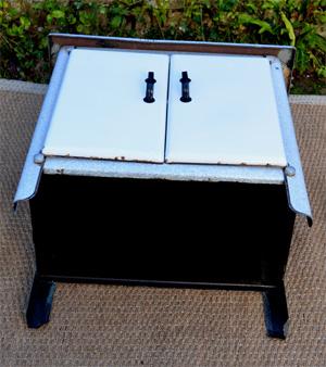 t le maill e petit meuble de cuisine vintage. Black Bedroom Furniture Sets. Home Design Ideas