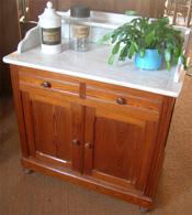 meuble armoire de toilette ancienne avec dessus marbre. Black Bedroom Furniture Sets. Home Design Ideas