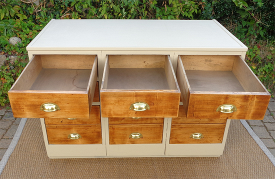 Ancien meuble de m tier en bois peint 6 tiroirs for Meuble tiroir haut