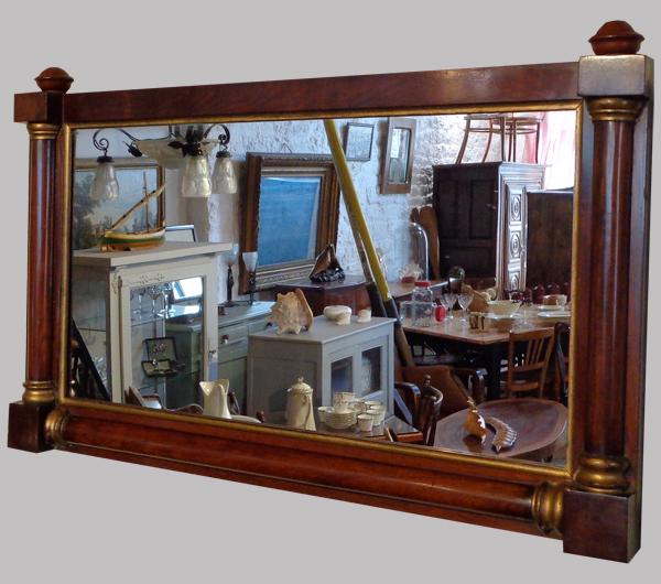 beau miroir anglais ancien encadrement en acajou cir. Black Bedroom Furniture Sets. Home Design Ideas