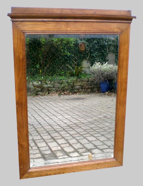 Ancien et beau miroir mural de chemin e en bois de chataignier for Miroir cheminee