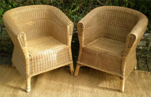 Paire de fauteuils anciens en rotin pour salon chambre for Petit salon en rotin