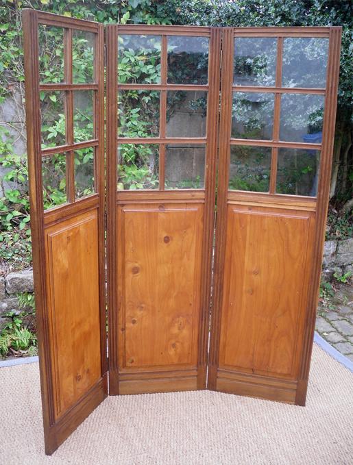 tr s original paravent ancien en bois pliable en 3 panneaux. Black Bedroom Furniture Sets. Home Design Ideas