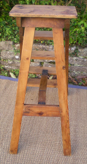 Preview - Petit fauteuil ancien ...