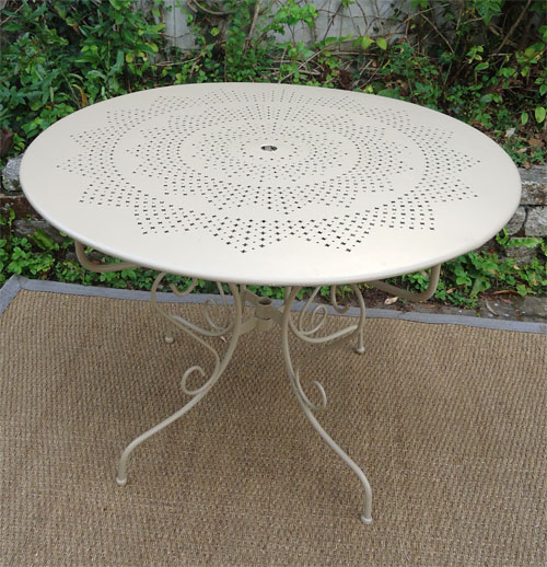 L gant ancien salon de jardin en fer forg - Table de jardin fer forge ...